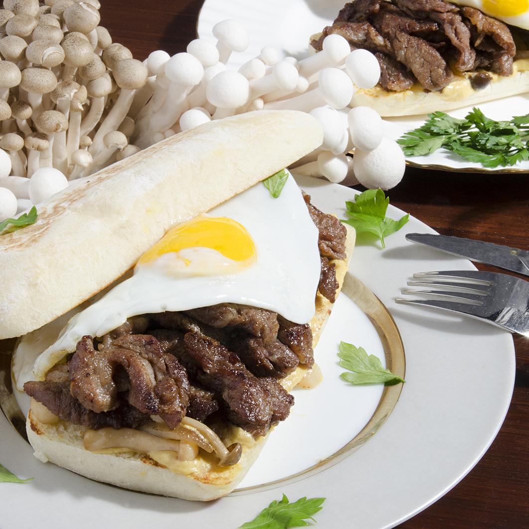 부채살 스테이크 샌드위치